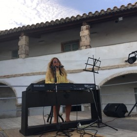 Concert in Sardegna, Italy<span>Somewhere Over The RaInbow</span>